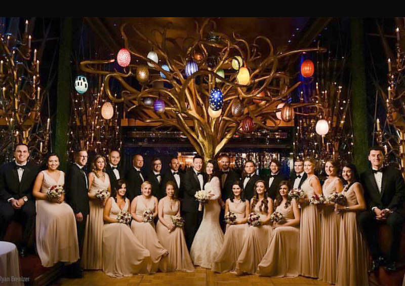 Disappearing Wedding Trends - Large Wedding Party