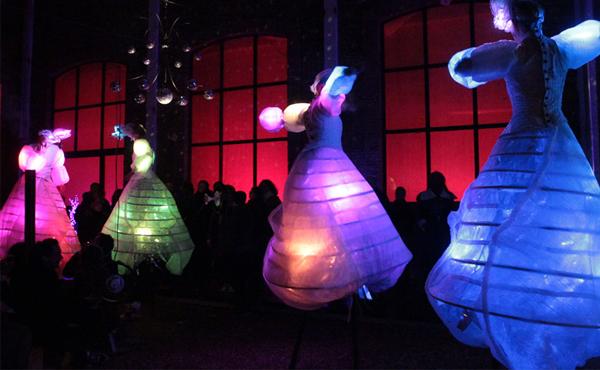 Wedding Reception Entertainment Ideas - Light Walkers On Stilts